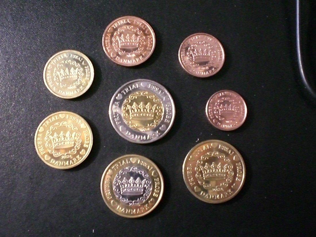 Muenzauktioncom 2723312 8 Euro Münzen Essai Proben Seltene