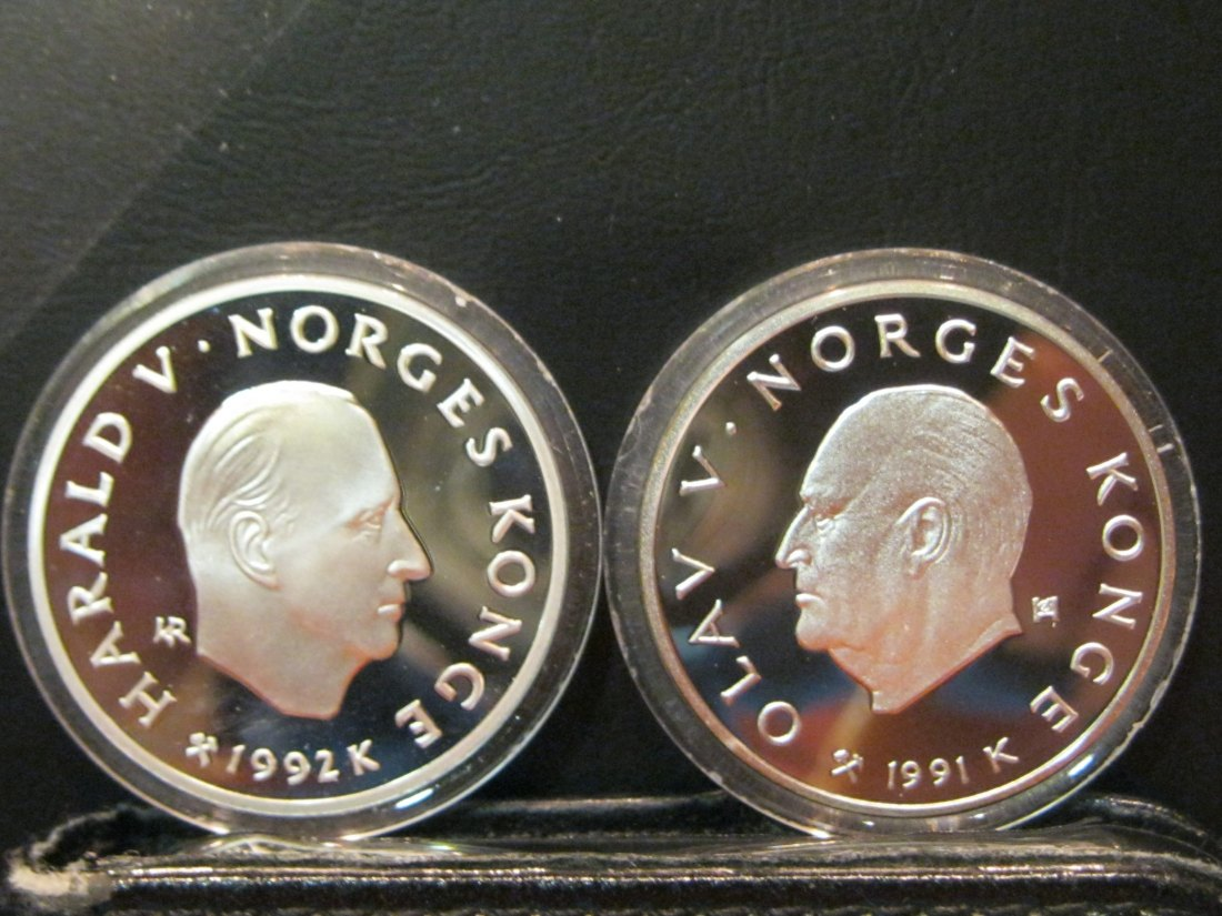 NORWAY 2X 50 KRONER  1991-1992 OLYMPICS LILLEHAMMER.GRADE-PLEASE SEE PHOTOS.